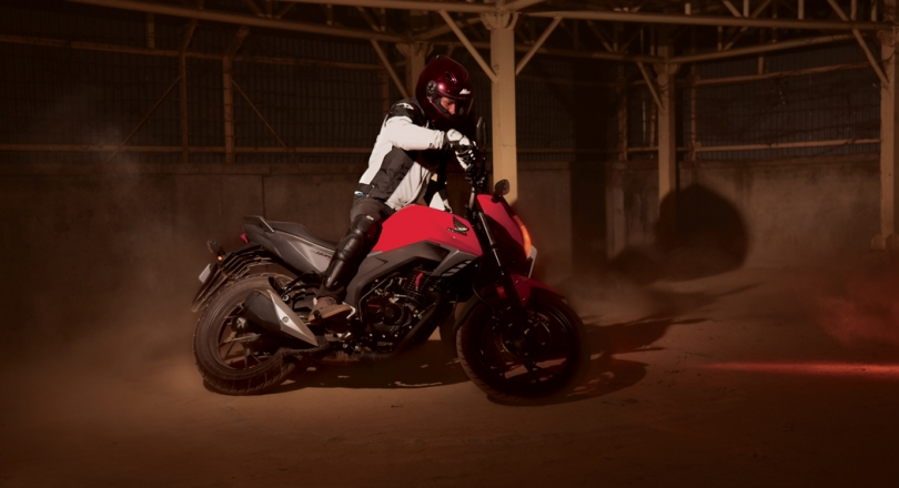 Hotting Up the Competition: Honda Hornet 160 R