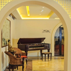 The Grand Piano Interior