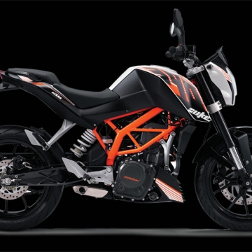 A Powerhouse in KTM:The Duke 390 made our heads turn a complete 180